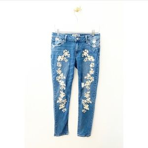 lucky brand / embroidered distressed lolita skinny